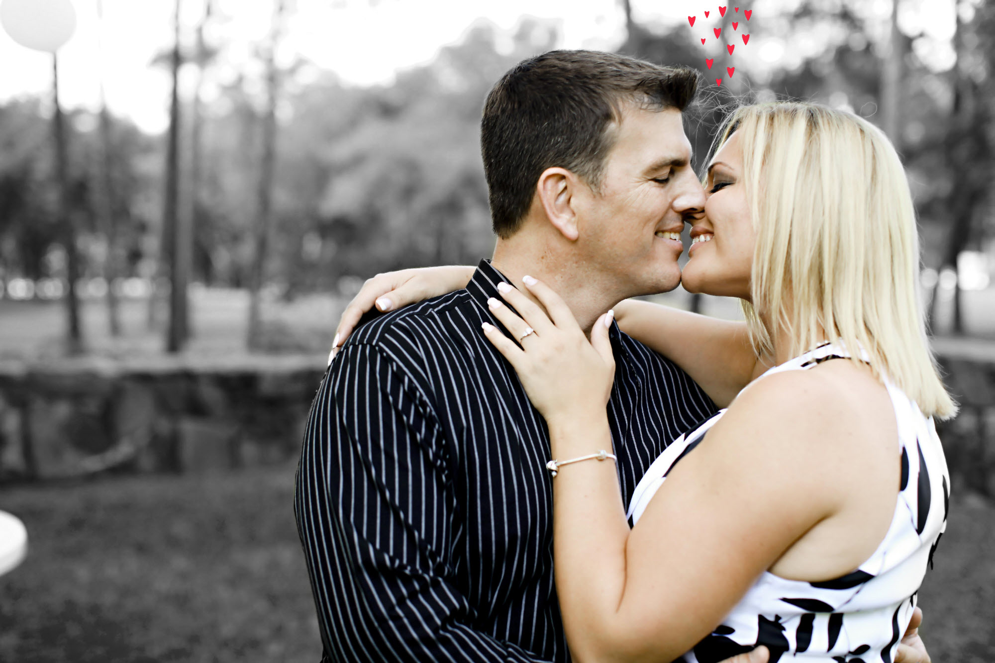Loving Couple Share A Kiss - Free Stock Images-5862